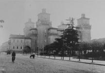 Ferrara in cartolina